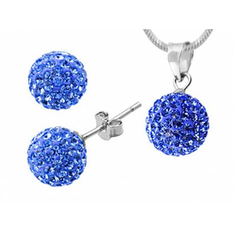 Gömb alakú ezüst garnitúra Swarovski kristályokkal, 6mm-es fülbevalóval és 8 mm-es medál ezüst lánccal.