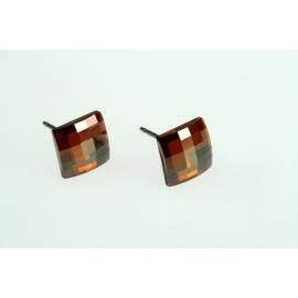 Ródiumos nikkelmentes, antiallergén ötvözetű fülbevaló négyzet alakú Swarovski kristállyal