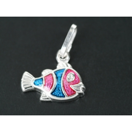 Halacska alakú ezüst medál. A halacska speciális ékszerfestékkel van megfestve.
